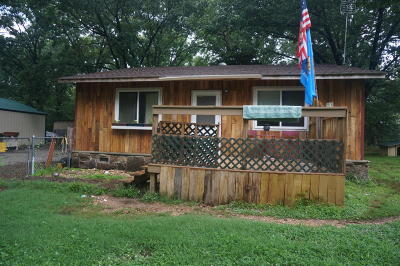 Grove Single Family Home For Sale: 65410 E 259 Road