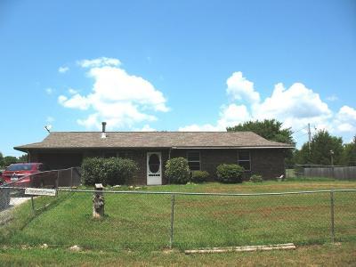 Grove Single Family Home For Sale: 65640 E 241 Rd.
