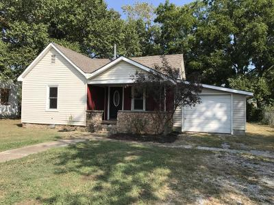 Vinita Single Family Home For Sale: 430 S Smith St