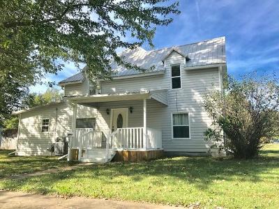 Vinita Single Family Home For Sale: 303 S Gunter St