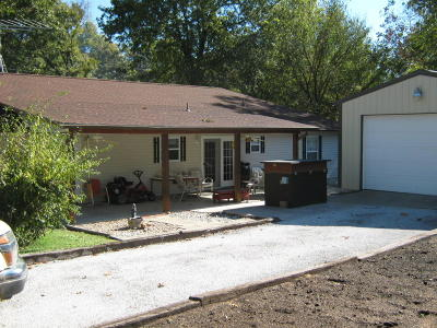 Afton Single Family Home For Sale: 30511 S Lakeside Dr