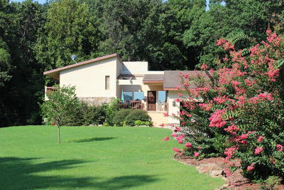Grove Single Family Home For Sale: 31701 S 600 Rd #B