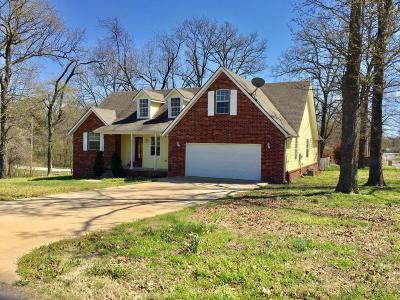 Grove Single Family Home For Sale: 2700 Harber Oaks Loop