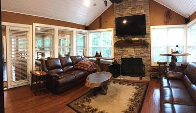Grove Single Family Home For Sale: 1312 Marina Dr
