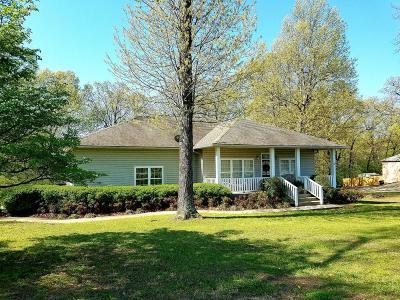 Grove Single Family Home For Sale: 60401 E 320 Rd