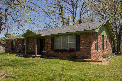 Grove Single Family Home For Sale: 31902 S 680 Rd