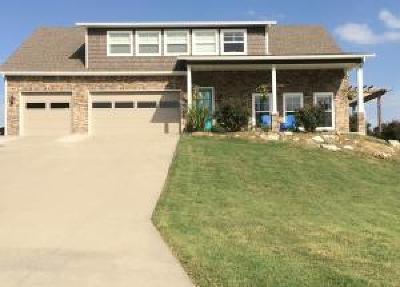 Grove, Jay Single Family Home For Sale: 511 Summit Dr