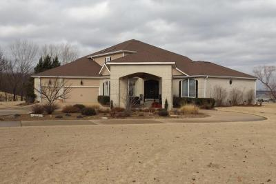 Grove Single Family Home For Sale: 5041 Lake Breeze Rd
