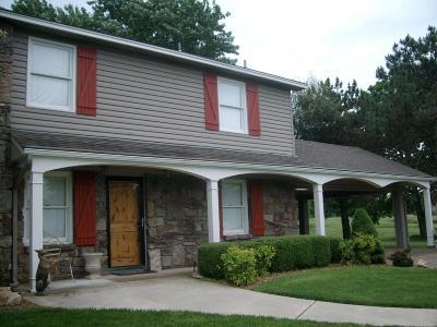 Afton Single Family Home For Sale: 33162 Mockingbird Lane