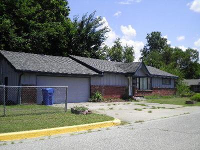 Miami Single Family Home For Sale: 1302 E St