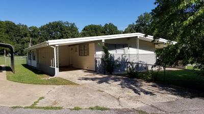 Grove Single Family Home For Sale: 25390 S 626 Rd