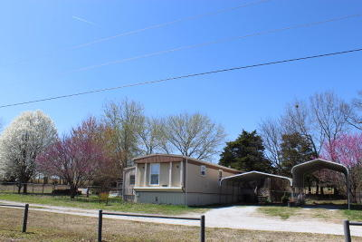 Grove OK Mobile Home For Sale: $57,000