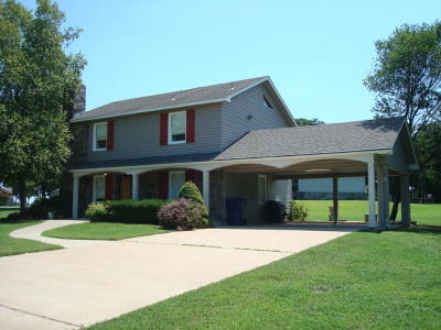 Afton Single Family Home For Sale: 33162 Mockingbird Ln