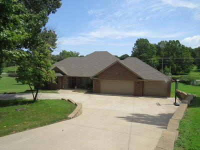 Grove Single Family Home For Sale: 3417 Scenic Dr