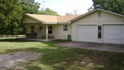 Jay Single Family Home For Sale: 104 S 10th St