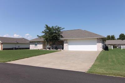 Grove Single Family Home For Sale: 807 E 9th St