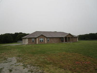 Craig County, Delaware County, Mayes County, Ottawa County Single Family Home For Sale: 64120 E 174 Rd