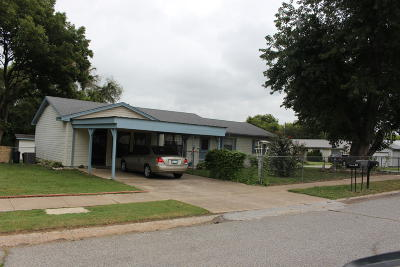 Grove Single Family Home For Sale: 411 E 4th Pl
