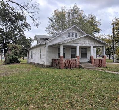 Vinita Single Family Home For Sale: 214 N Scraper St