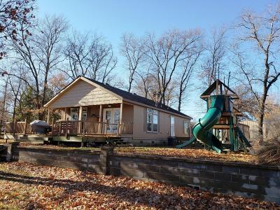 Afton Single Family Home For Sale: 32896 Cambridge Cir