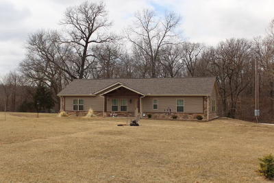 Wyandotte OK Single Family Home For Sale: $175,000