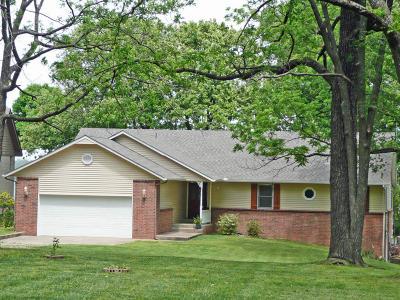 Grove Single Family Home For Sale: 61016 E 265 Rd