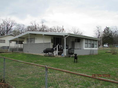 Grove Single Family Home For Sale