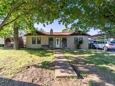 Vinita Single Family Home For Sale: 158 E Grand
