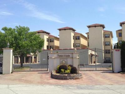 Condo/Townhouse For Sale: 57425 E Highway 125 #2042