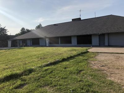 Grove, Jay Single Family Home For Sale: 63211 E 293 Rd