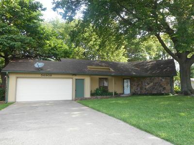 Monkey Island Single Family Home For Sale: 56908 E Maple Ridge Road