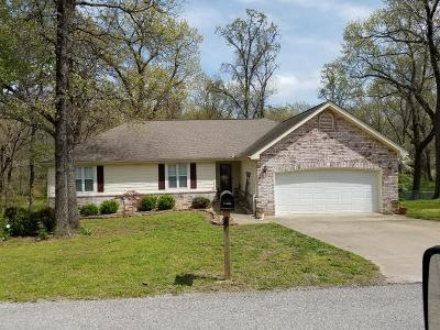 Grove Single Family Home For Sale: 1307 Leisure Rd