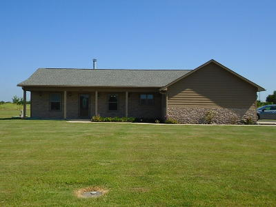 Craig County, Delaware County, Mayes County, Ottawa County Single Family Home For Sale: 1901 E 473