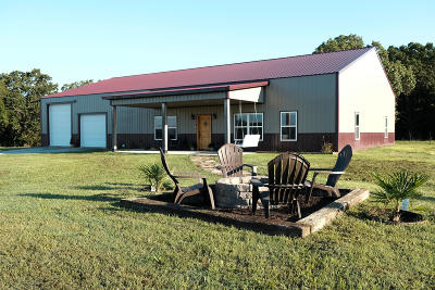 Delaware County, Mayes County, Rogers County, Wagoner County, Craig County, Ottawa County, Adair County, Cherokee County Farm & Ranch For Sale: 62850 E 190 Rd