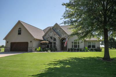 Afton Single Family Home For Sale: 32166 Pine Valley