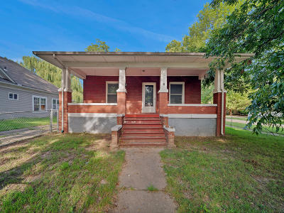 Miami Single Family Home For Sale: 102 F St
