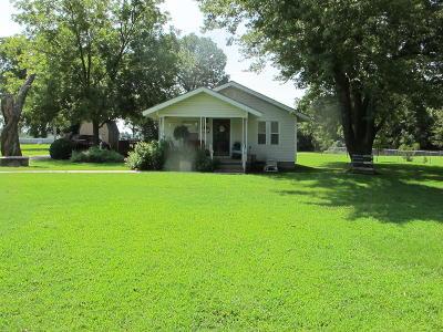Miami Single Family Home For Sale: 56355 E Hwy 69