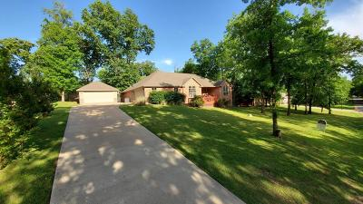 Grove Single Family Home For Sale: 1303 Pond Rd