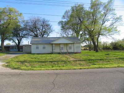 Vinita Single Family Home For Sale: 1515 E Eastern State Hosp Rd
