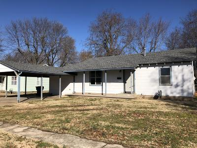 Vinita Single Family Home For Sale: 716 W Clyde Ave