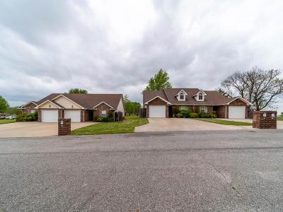 Afton, Vinita Single Family Home For Sale: 827 N Thompson St