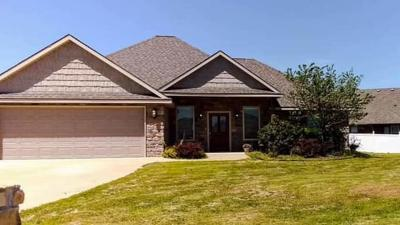 Grove, Jay Single Family Home For Sale: 1513 St Joseph Dr