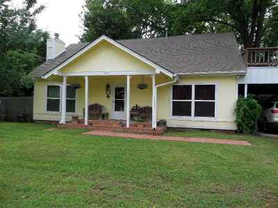 Perkins OK Single Family Home For Sale: $119,900