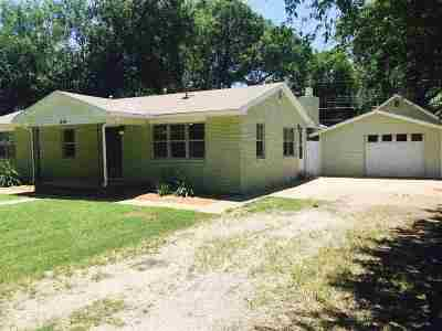 Perkins OK Single Family Home For Sale: $139,900