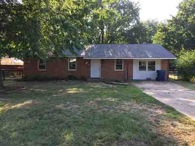 Perkins Single Family Home For Sale: 407 SE 2nd Street