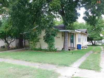 Stillwater Multi Family Home For Sale: 207 S Duncan St
