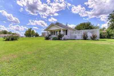 Stroud Single Family Home For Sale: 516 N 7th Avenue