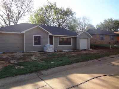 Stillwater Single Family Home For Sale: 2211 Crestwood Drive