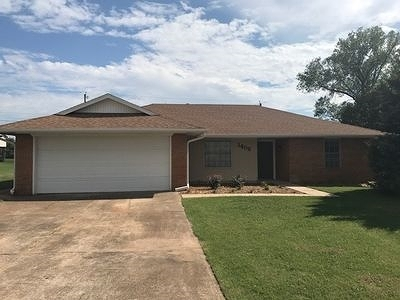 Stillwater Single Family Home For Sale: 1405 E Will Rogers Drive