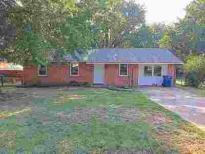 Perkins OK Single Family Home For Sale: $110,000